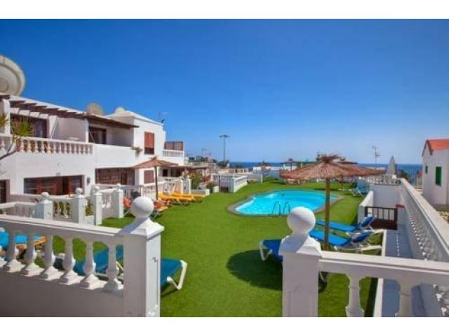 Lovely 1 bedroom apartment sleeps 2 people with garden views. Puerto del Carmen Lanzarote.