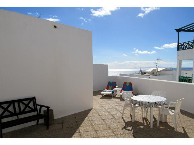 Sunlougers to enjoy your private terrace - Old Town apartment, Puerto del Carmen, Lanzarote
