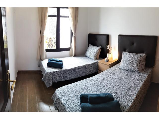 Bedroom with 2 single beds - Casa Florence, Matagorda, Lanzarote
