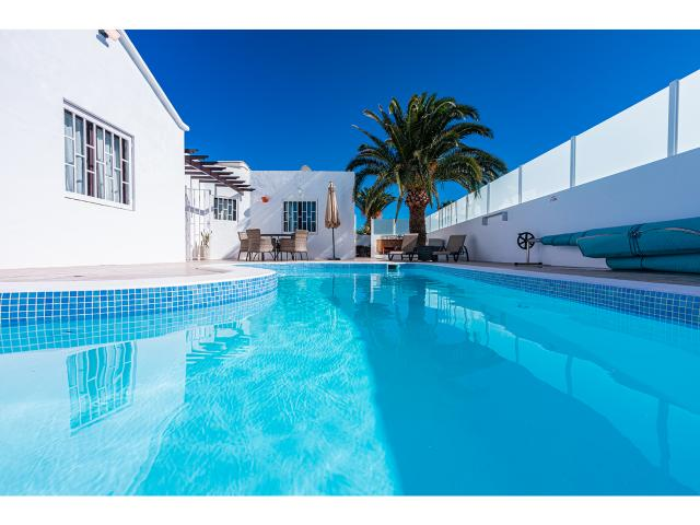 3 BED VILLA, private pool, complete privacy and every comfort, in the desirable location of Los Mojones