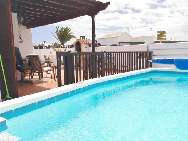 heated pool 26x10 easy access gated  - Casa Dasha , Matagorda, Lanzarote