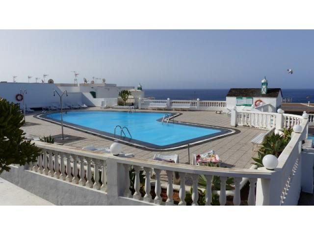 Private swimming pool - Lovely Seaview Apartment , Puerto del Carmen, Lanzarote
