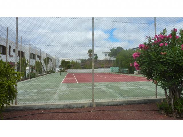 Private tennis court  - Nice Seaview Apartment, Puerto del Carmen, Lanzarote
