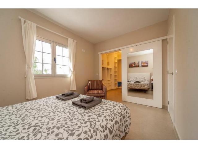 3rd double bedroom(2) - Casa de Gales, Puerto del Carmen, Lanzarote