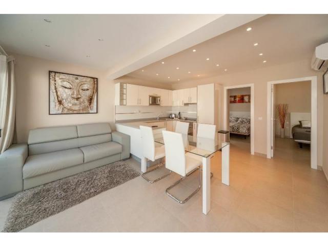 Lounge and Dining area - Casa de Gales, Puerto del Carmen, Lanzarote