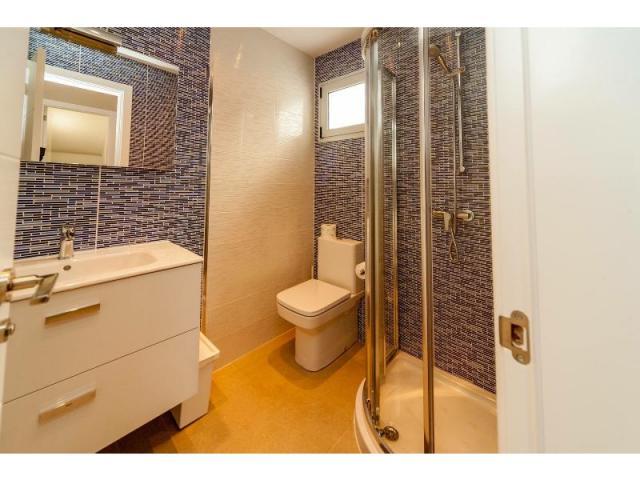 Bathroom - Casa de Gales, Puerto del Carmen, Lanzarote
