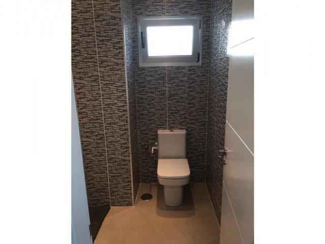 Bathroom 2 - Casa de Gales, Puerto del Carmen, Lanzarote