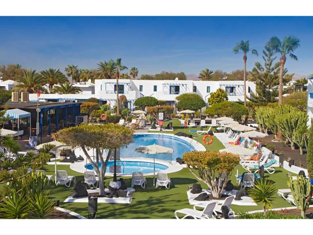 All the apartments are pool facing - 1 Bed - Diamond Club Calypso, Puerto del Carmen, Lanzarote