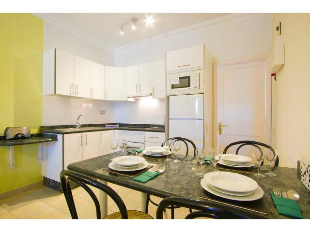 Our kitchens are fully equipped  - 1 Bed - Diamond Club Maritima, Puerto del Carmen, Lanzarote