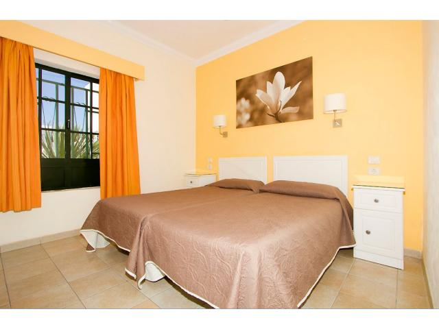 All bedrooms have twin beds - 2 Bed - Diamond Club Maritima, Puerto del Carmen, Lanzarote