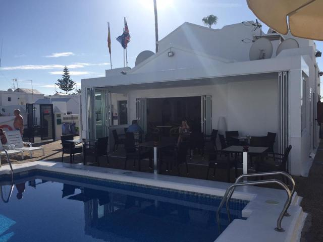 The resort pool bar / restaurant - 2 Bed - Diamond Club Maritima, Puerto del Carmen, Lanzarote