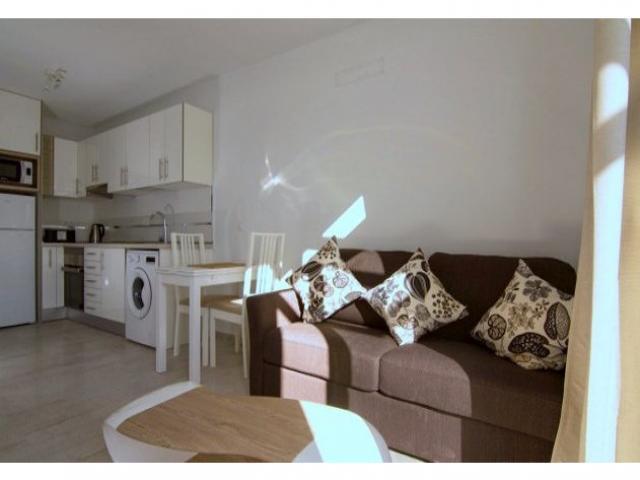 Lounge/Dining - Los Gracioseros Apartment, Puerto del Carmen, Lanzarote