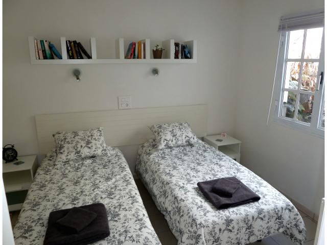 Bedrooms with contemporary linen  - Atalaya Apartments, Puerto del Carmen, Lanzarote