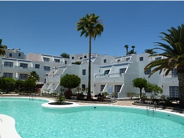 Lower complex pool - Atalaya Apartments, Puerto del Carmen, Lanzarote