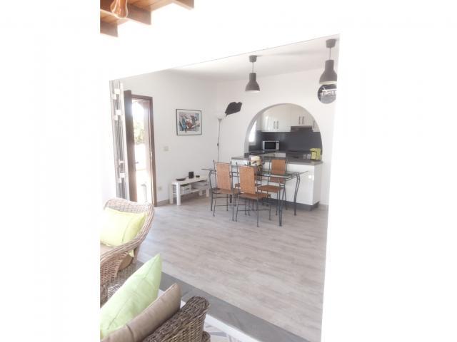 Looking in - Casa Perro, Matagorda, Lanzarote