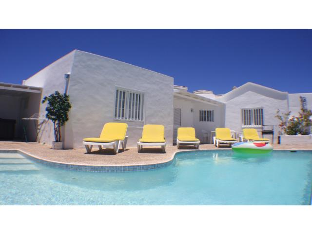 Shallow entry steps to private pool! - Private 3 bed villa, Puerto del Carmen, Lanzarote