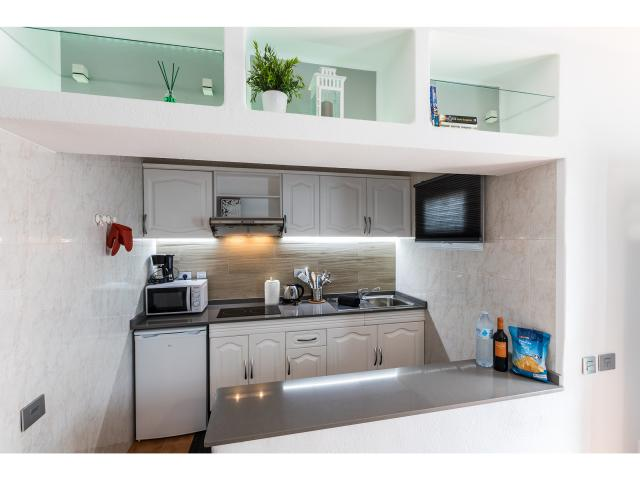 Kitchenette - Green apartment, Puerto del Carmen, Lanzarote