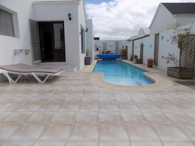 3 bedroom villa with private pool in Matagorda