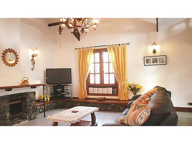 Living Room - pic2 - Casa Ferra, Puerto del Carmen, Lanzarote