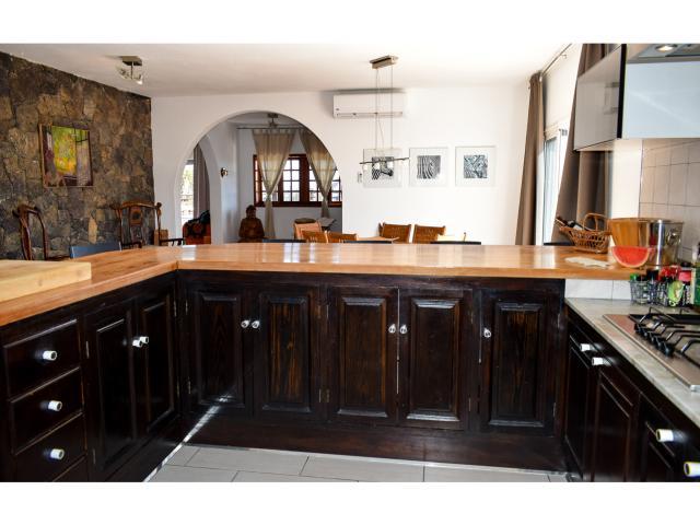 Kitchen - Villa Kura, Puerto del Carmen, Lanzarote